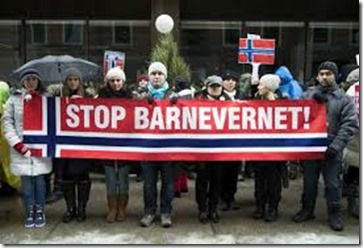 protestors of Norway Child Right Law