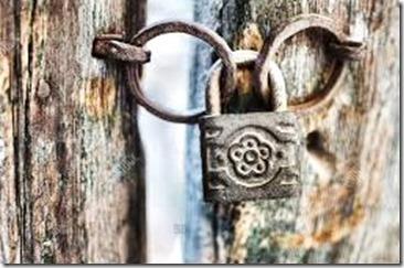 Ancient padlock (2)